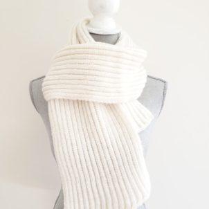 ribbed cream alpaca scarf