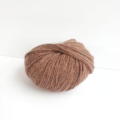 Amber superfine alpaca yarn