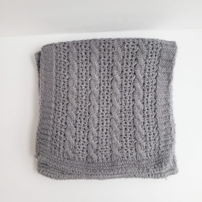 Cable and lace grey alpaca scarf U.S.A.